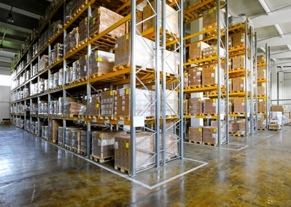 The Advantages to the Customer of Multiple Warehouses